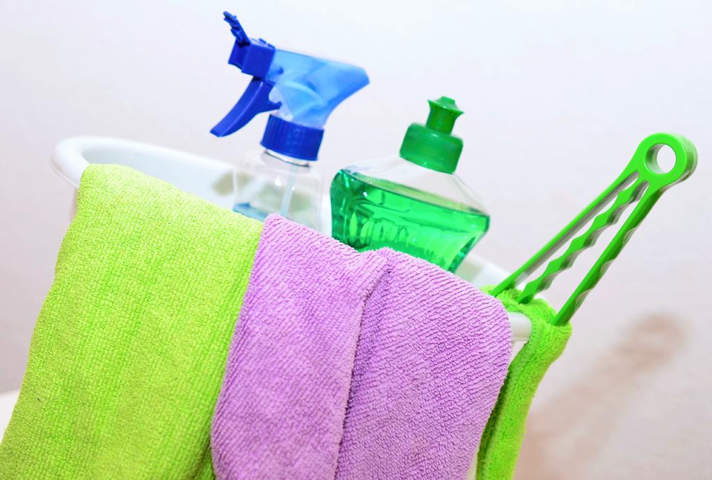 エアコン掃除を劇的に楽にするお掃除グッズ2選|ハートクリーニング